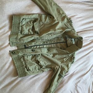 Army green jacket from Calvin Klein - size small